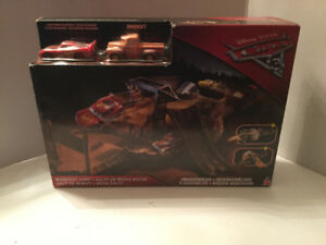 Cars 3 Midnight Jump Track Racing Set new in box