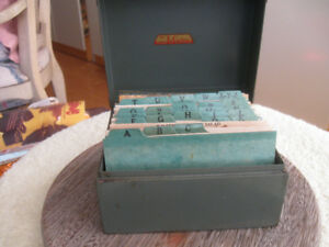 VINTAGE METAL FILE with GRANDMA'S COLLECTION of HER FAV. RECIPES
