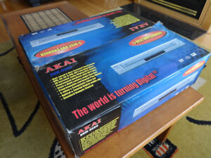 Akai DVM-9500/5 Disk Changer/All Region/PAL/NTSC/ CD-DVD player