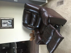 Dark Brown Perfect Condition Recliner!