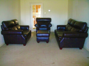 4 Pics 9/10 New Top Grain Leather Sofa Set, Delivery Available