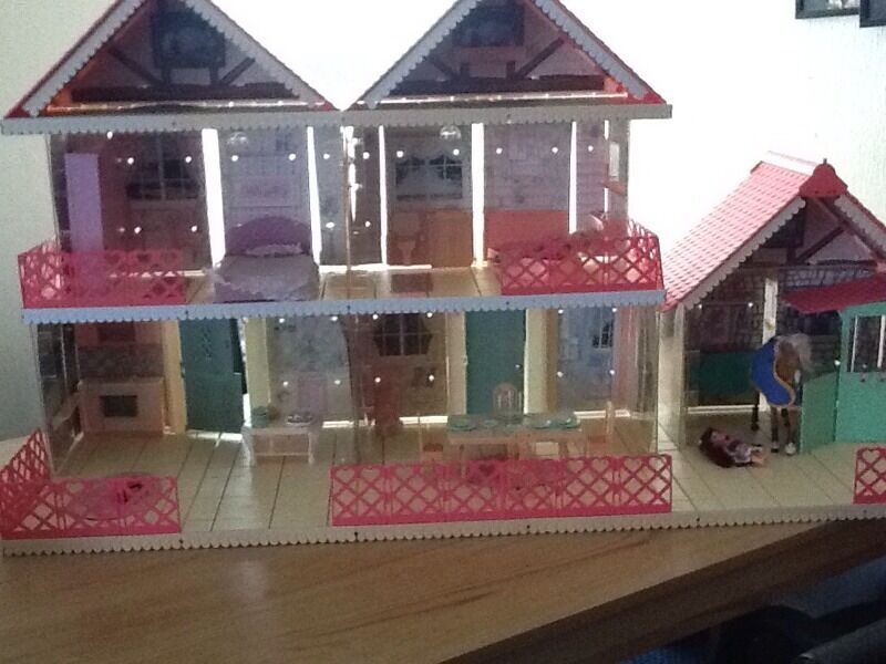 Vintage Cassy Dolls House With Stables Horse Doll Night