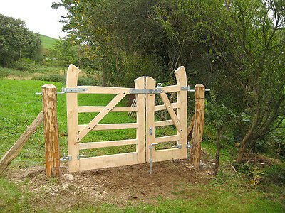bespoke wooden garden driveway gate, oak, handmade in the UK, solid wood gate
