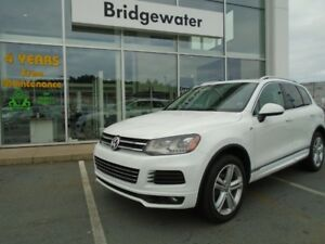 2014 VOLKSWAGEN TOUAREG Highline - R-Line Package