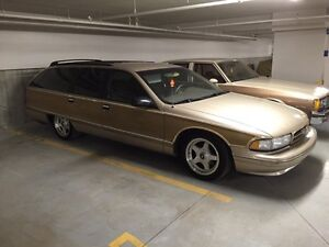 Chevrolet Caprice Classic station wagon 1995