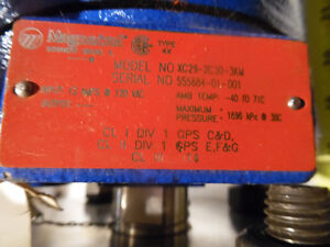 "Magnetrol Liquid Level Switch 2"" Connections 120VAC New  A brand Kitchener / Waterloo Kitchener Area image 4"