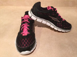 Women's Avia 5919 Running Shoes Size 10 London Ontario image 10