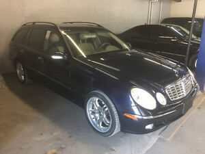 2004 Mercedes-E 320 4Matic Wagon-7 Pass