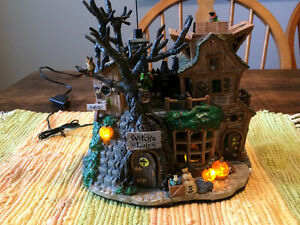 Halloween - Annimated Witches Lair Decoration Kingston Kingston Area image 3