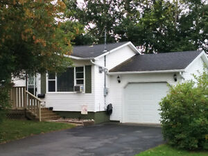 Cozy Bungalow For Sale By Owner in Kentville