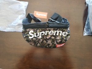 supreme Fanny pack, waist bag bnwt, yeezy boost 350 v2