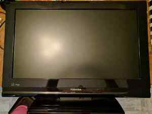 "26"" Toshiba LCD 720p TV **SOLD PPU**"