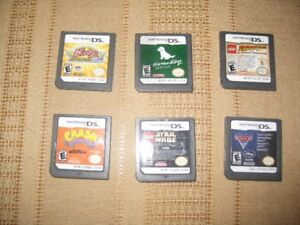 NINTENDO DS GAMES AND CARRYING CASE IN EXCELLENT CONDITION