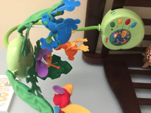 Mobile Fisher Price « Peek-a-boo Rainforest »