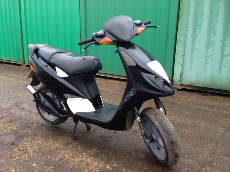 piaggio nrg mc3 50 scooter in redhill surrey gumtree. Black Bedroom Furniture Sets. Home Design Ideas