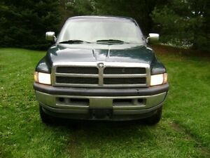 1995 Dodge Power Ram 1500 SLT Pickup Truck 4X4