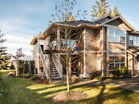 """""""Better Than New"""" North Nanaimo Townhome - 101-4460 Hedgestone"""