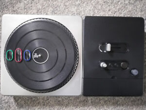 DJ Hero Turntable for Wii - In Excellent Condition!
