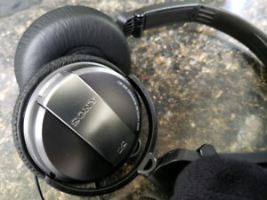4f33d312732 Headphone Noise Cancelling | Kijiji in British Columbia. - Buy, Sell ...