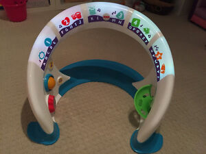 Fisher-Price Bright Beats Smart Touch Play Space Oakville / Halton Region Toronto (GTA) image 4