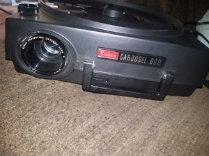 Kodak carousel 600 projector with screen