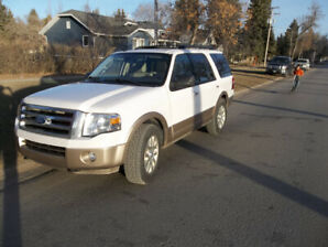 2011 Ford Expedition XLT SUV, Crossover