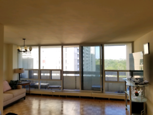 Midtown room available January 1st