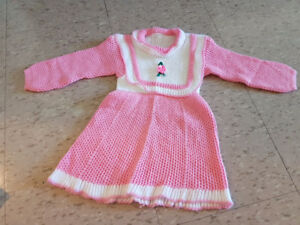 Knitted outfits for toddlers