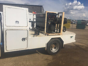 Lincoln 300D Classic welder and Deck off '12 Ram 5500