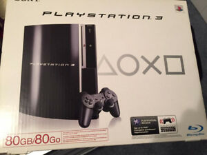 PS3 Console 80 GB + 2 controllers + 25 Games
