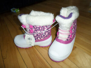 NEW Toddlar girl size 11 Boots