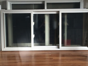 Windows excellent condition London Ontario image 3