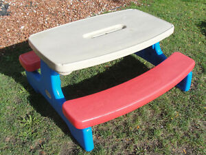 Little Tikes Easy Store Large Picnic Table DEAL