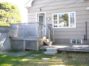 Small House 1 bed & den in Fairview