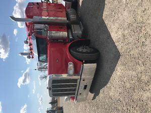 Nice 389 pete for sale