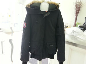 Canada Goose Bomber for men (Size: S)