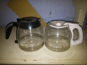 Coffee carafes