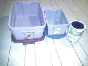 Rubbermaid containers for sale
