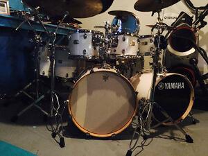 Yamaha 8 piece drumset