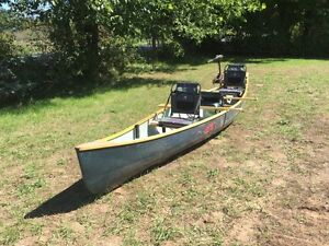 Canoe with fishing motor and accessories