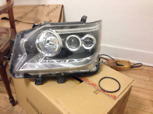 2016 Lexus GX460 headlamp