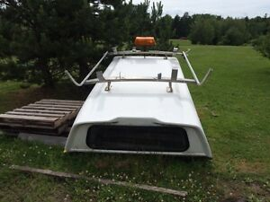 """8"""" truck cap with ladder rack"""