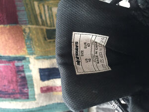 Alpinstar short boots.