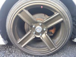 Mags 5x114.3 avec pneus 215/35zr18