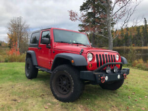 2010 Jeep Wrangler - 4WD, 2DR, Hard & Soft Tops