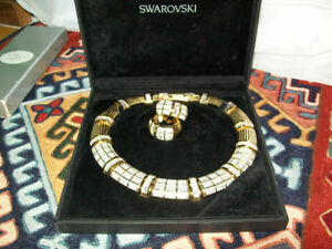 VINTAGE SWAROVSKI CRYSTAL NECKLACE AND EARRINGS