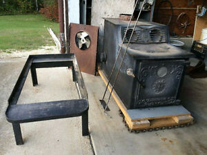 Wood burning brick lined stove (non-certifiable)
