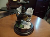 "COUNTRY ARTISTS Figurine ""BLUETIT ON TAP"" (England) ~ AS NEW"