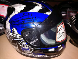 Casque motoneige Full face Zox a seulement $99.99!