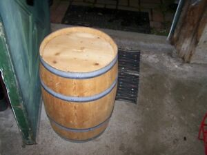 Small Vintage Wood Barrel Cask Tun  Great for Display